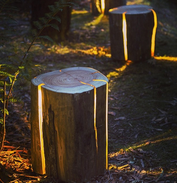 Stump – The Cracked Log Table/Stool