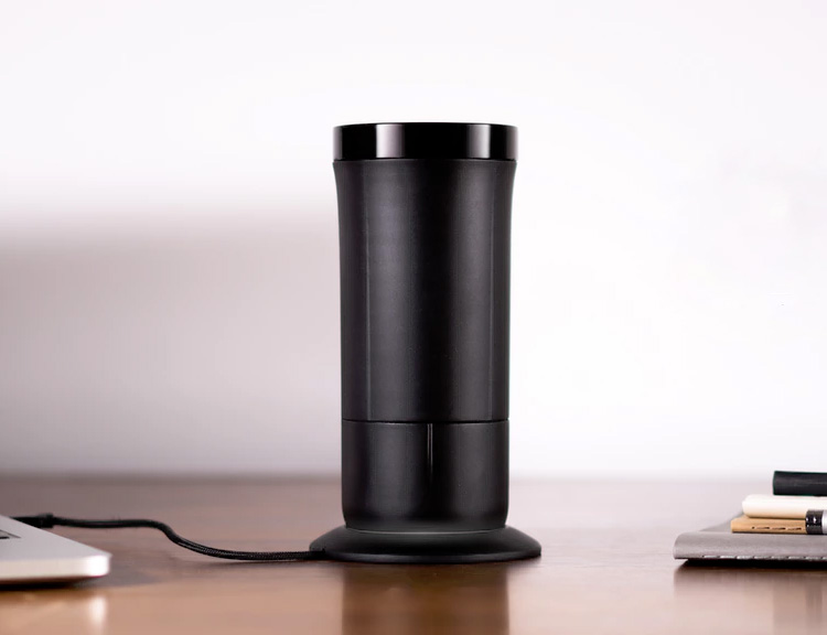 This Insulated Smart Mug Won't Leave You Lukewarm at werd.com