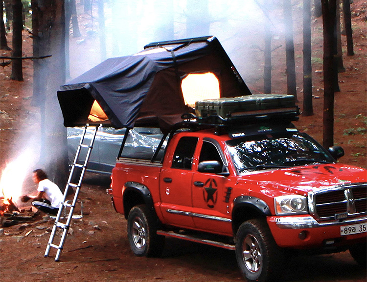 Here's That Rooftop Tent You've Been Dreaming About at werd.com