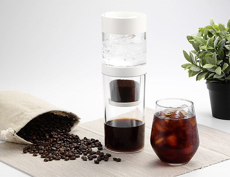 Dripo is an Ice Drip Coffeemaker That Fits in the Palm of Your Hand at werd.com