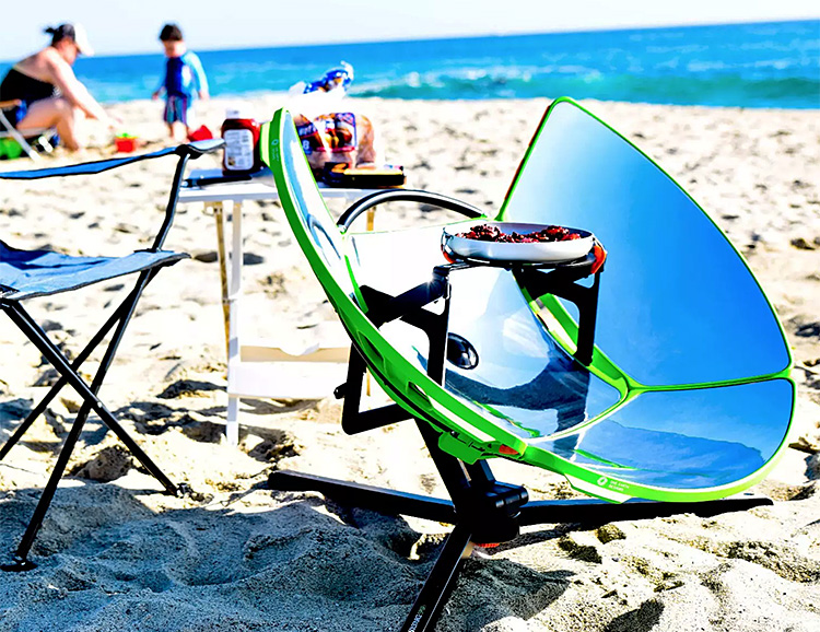 SolSource Sport Provides Solar Power For Your Beach BBQ at werd.com