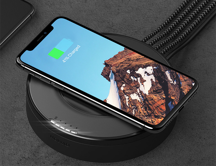 Nomad's Hub Delivers Wireless Charging Plus 4 More Via USB at werd.com