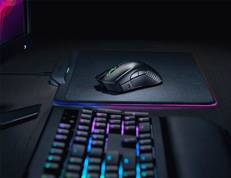 Razer Unveils HyperFlux Wireless Charging Mouse at CES