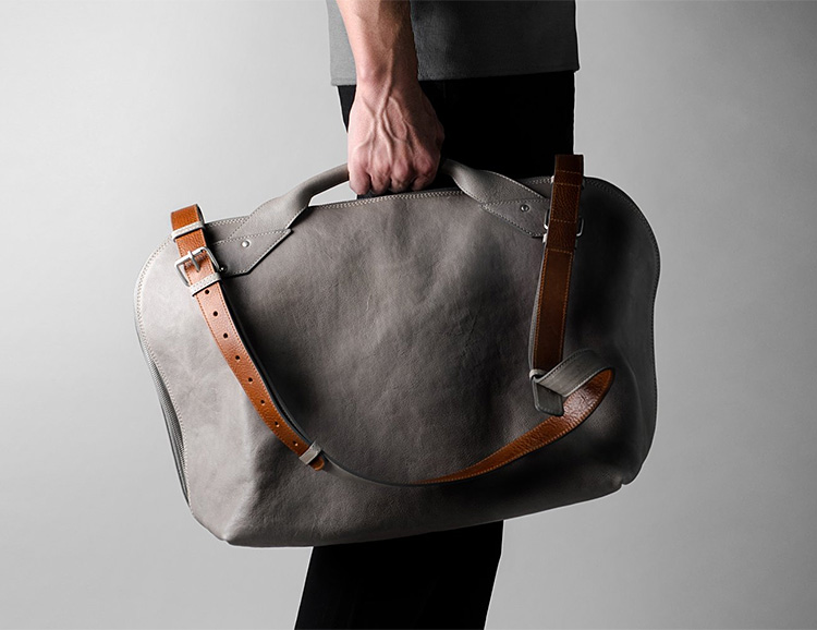 This Shoulder Bag Carries It All for Work or Weekend at werd.com