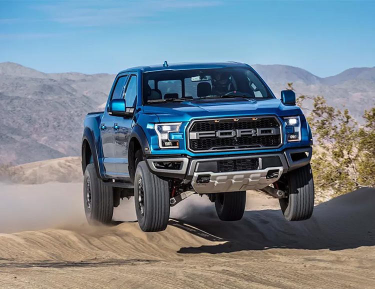 Ford Unveils 2019 F-150 Raptor at werd.com