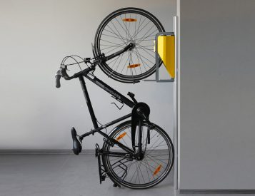 This Mechanical Bike Lift Couldn't Be Any Easier To Use