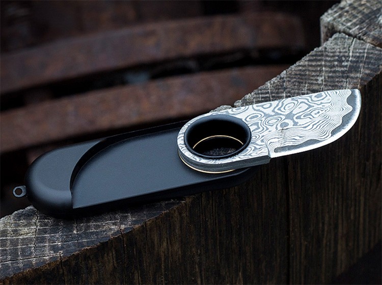 This is the World's Smallest Damascus Steel Pocket Knife at werd.com