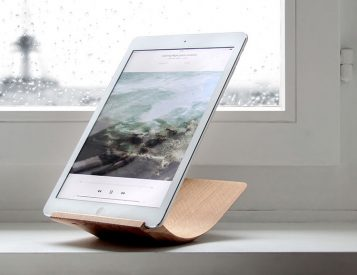 Your iPad Will Look Amazing On This Stand