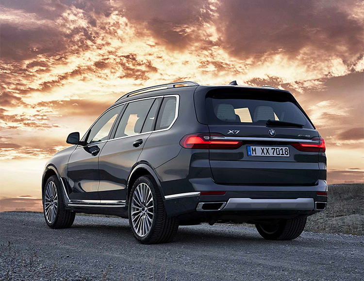 BMW Unveils the X7, Their Biggest SUV Ever at werd.com