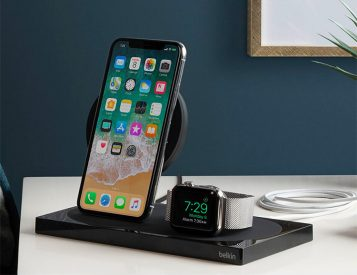 This Wireless Charging Dock Is Ready For Your New Apples