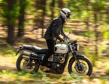 Triumph Rolls Out Updated Street Twin & Street Scrambler