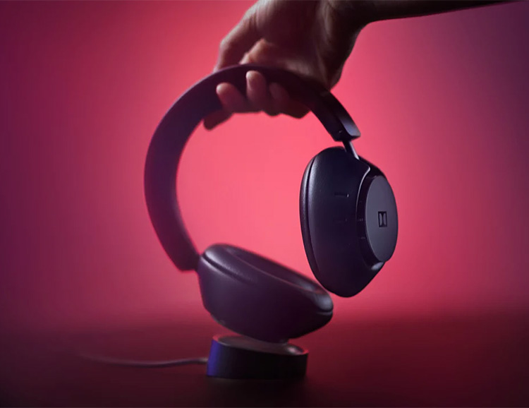 Dolby Introduces Dimension Wireless Headphones at werd.com