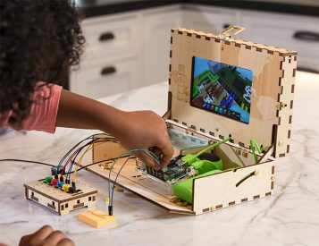 The Piper Computer Kit Lets The Kids Build Their Own PC