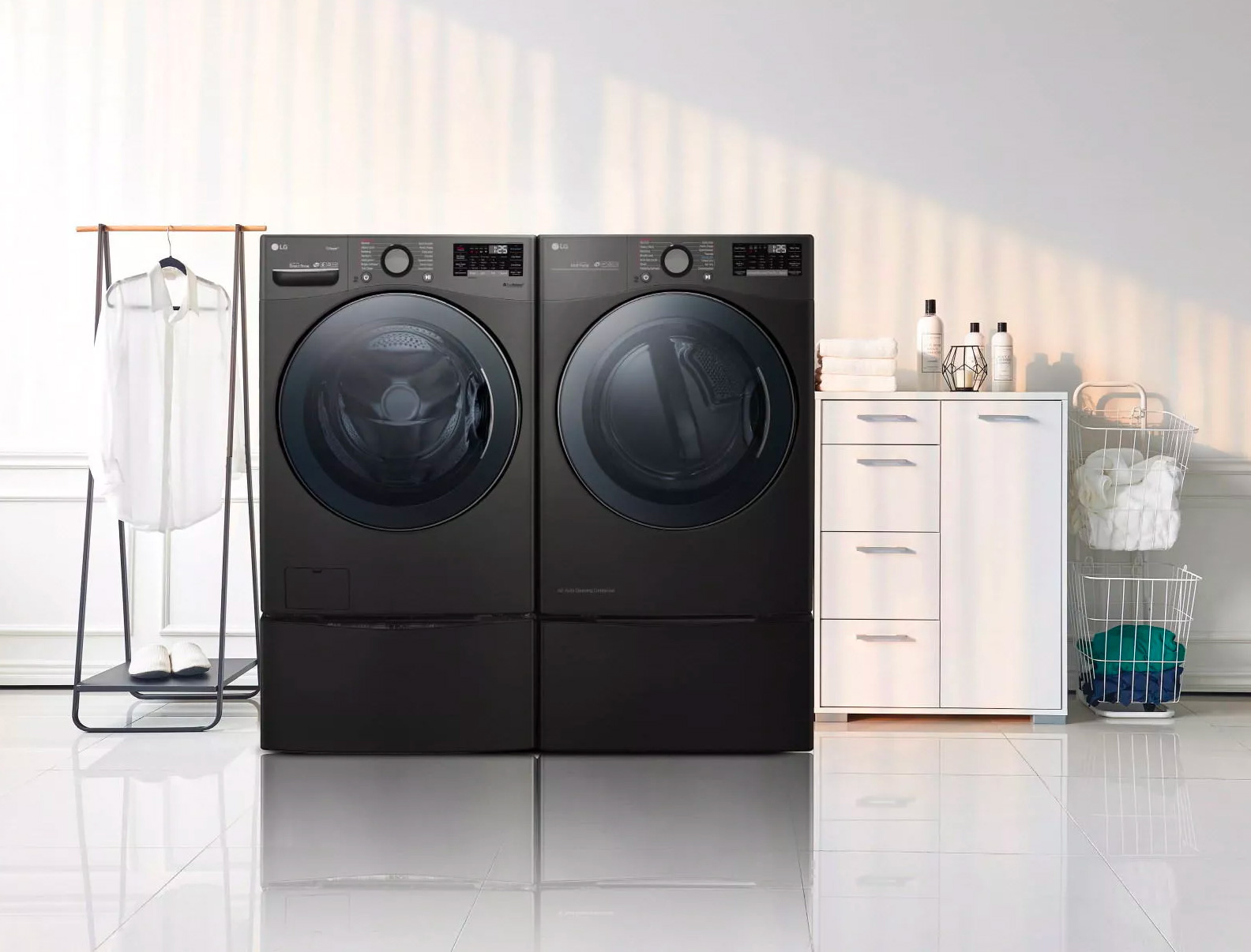 LG Introduces Bigger, Better TwinWash Laundry Appliances at werd.com