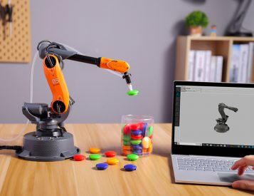 Learn By Doing: The Mirobot Robotic Arm
