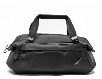Peak Design's Travel Duffel 35L is a Do-It-All Gear Hauler