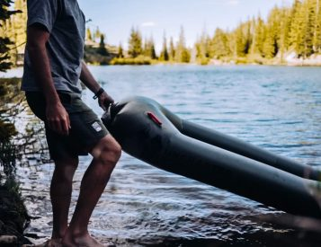The Uncharted Rapid Raft is a Boat That Fits In Your Backpack