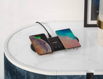 Multi-Device Charging: Anker's PowerWave 10 Dual Pad Qi Charger