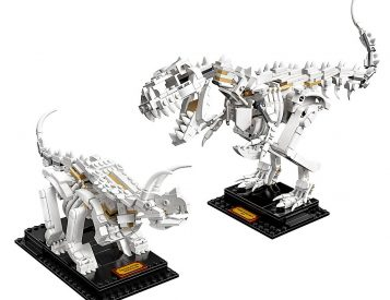 LEGO's Dinosaur Fossil Set Lets You Build with Bones