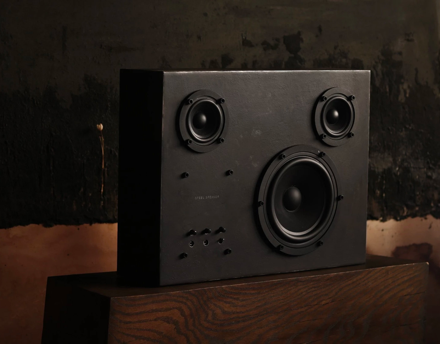 The Steel Speaker Brings Bluetooth to the Blacksmith at werd.com