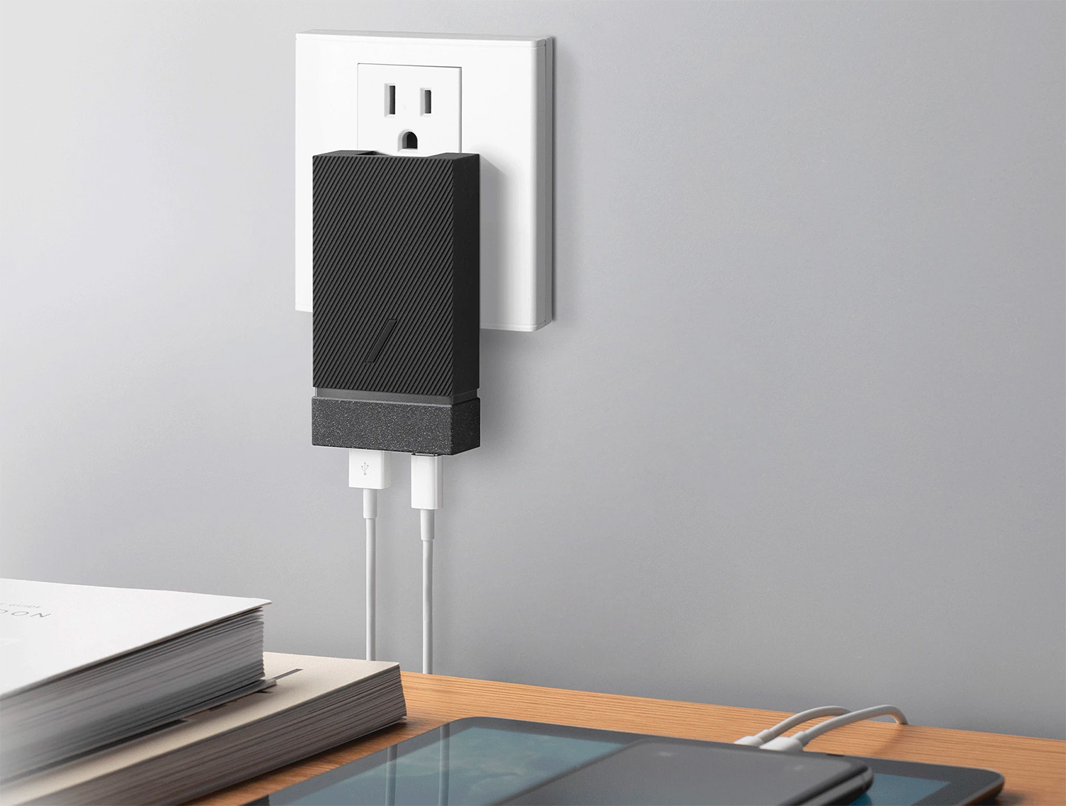 Native Union Brings Speedy PD Charging to a Pocketable Power Supply at werd.com
