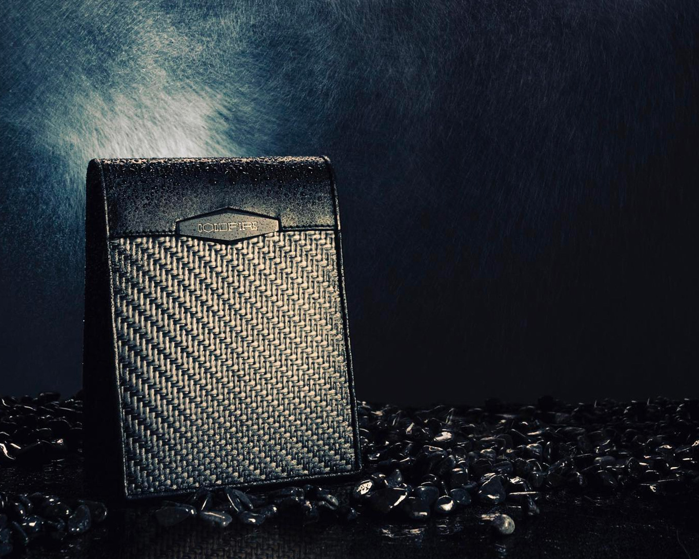 Coldfire Wallets Put Carbon Fiber In Your Pants at werd.com